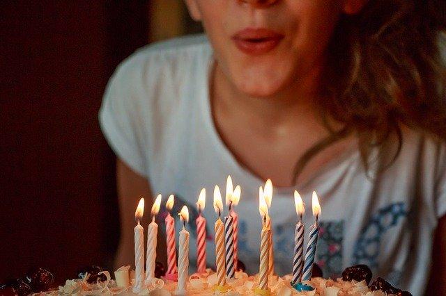 איך לארגן יום הולדת מלא בהפתעות לבני הזוג?